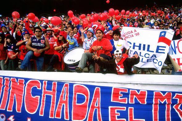 En 1996 los mexicanos visitarían Chile para llevarse una derrota de 2-1...