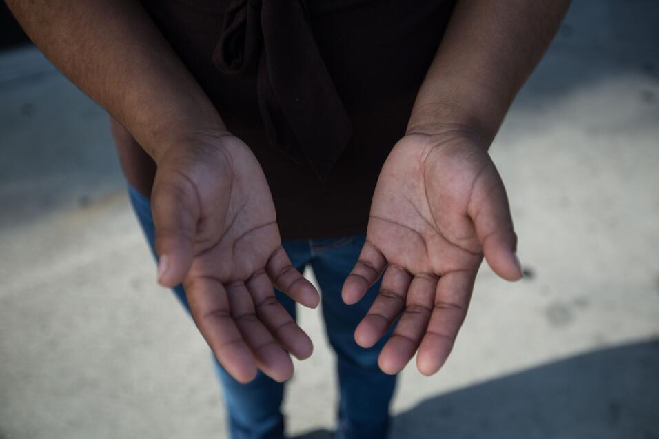 """Juana, 19, de Guatemala, lleva un año apenas en Estados Unidos. """"Cuando..."""