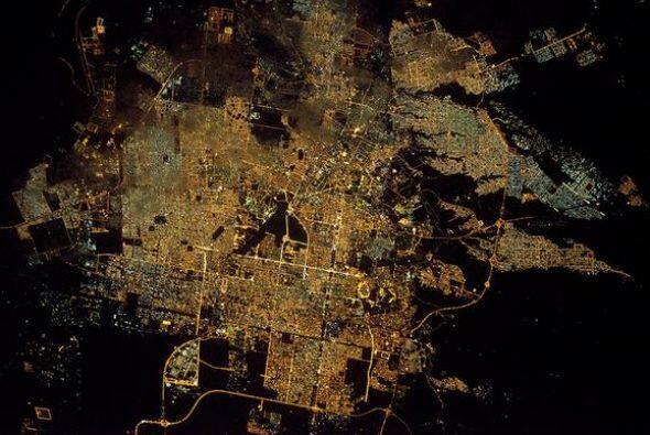 Una foto en alta definición de la ciudad de Riyadh, en Arabia Sau...