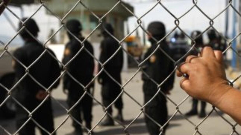 Las autoridades mexicanas rectificaron la cifra de reos fugados del pena...