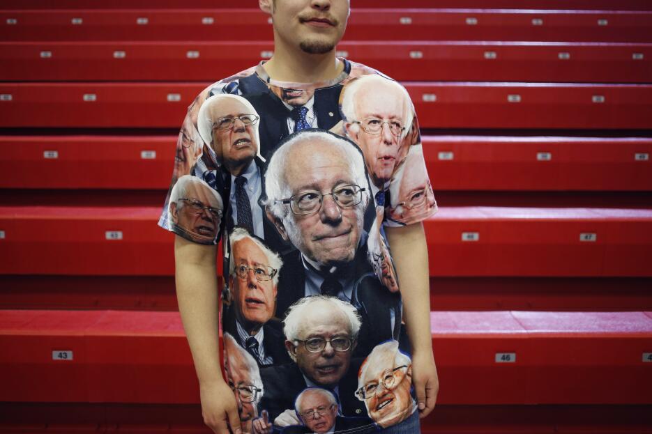 Los fanáticos de Bernie Sanders que lo llevan en la ropa y en la piel Ge...