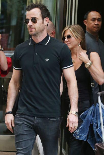 ¡Jennifer y Justin están más enamorados que nunca!  Mira los chismes del...