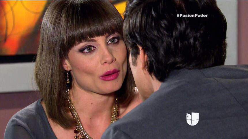 ¡Julia y Arturo ya no pueden ocultar su amor! 64B98B1C6DDF4C0B94EAD55DA2...