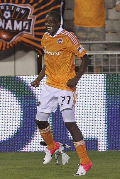 Y mientras unos se van de la MLS otros llegaron a lucir como Oscar Bonie...