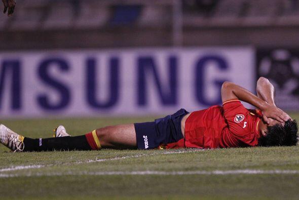 Esas derrotas que tanto duelen....Mario Aravena de Unión Española no enc...