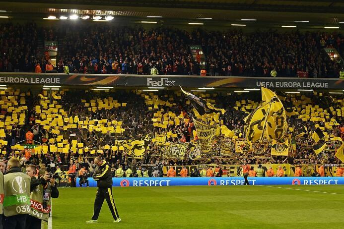 El Borussia Dortmund lo hace hasta en estadios ajenos: en el duelo de Cu...