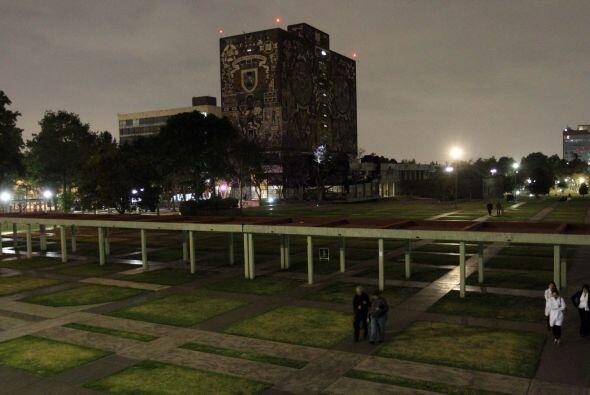 También las instalaciones de Ciudada Universitaria apagaron sus l...