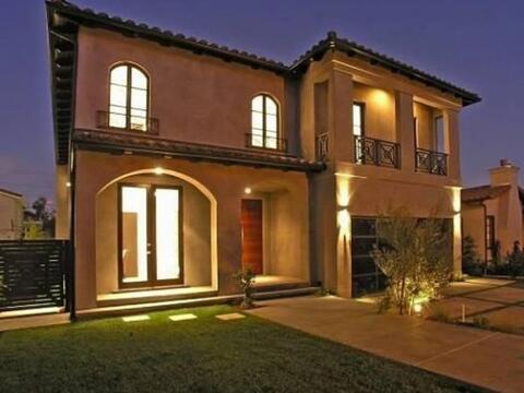 Manny Pacquiao ahora incursiona en la venta de bienes raíces,  y...