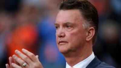 Louis Van Gaal llegará con su libreta al Manchester United.