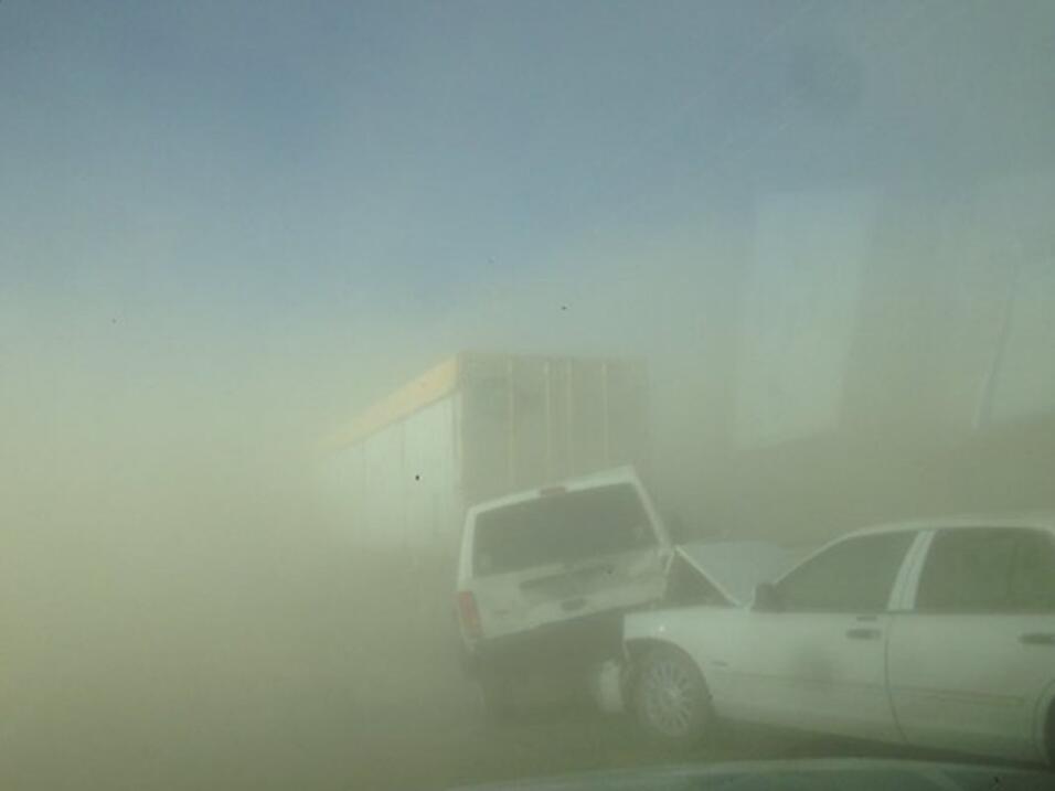 Tormenta de arena en California