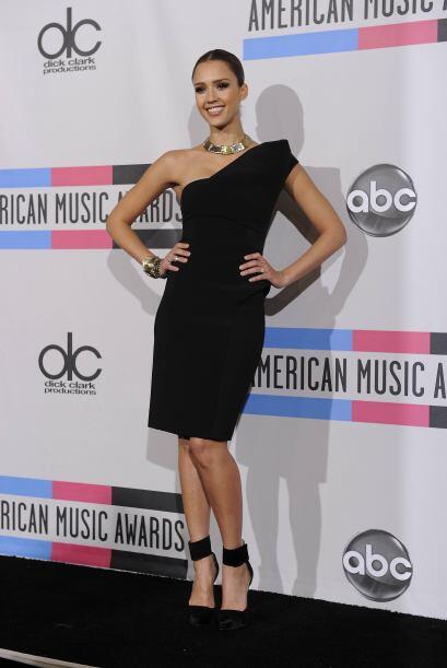 Una de las mejores vestidas, arriba el cuarto de sangre latina que tiene...