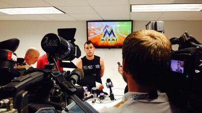 El estelar lanzador de los Marlins, José Fernández, habló este martes so...