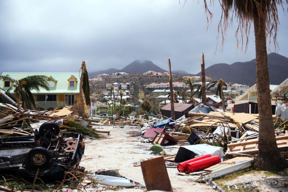 Irma está causando devastación a su paso por las islas del Caribe.