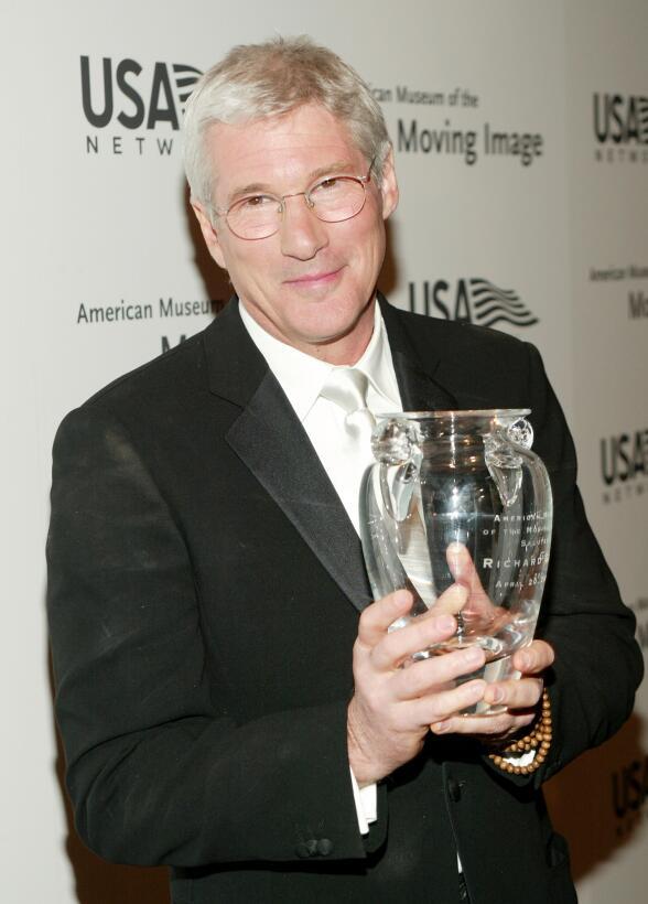El 20 de abril de 2004 recibió un reconocimiento a su trayectoria por el...