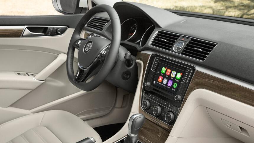 Estos autos alemanes son hechos en EEUU Volkswagen-Passat_US-Version-201...