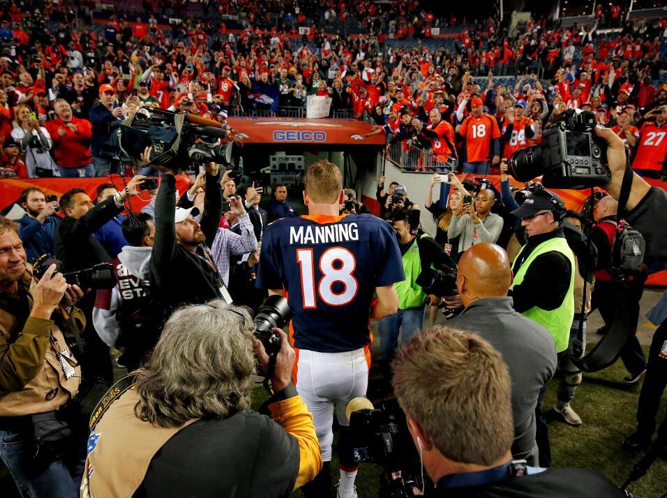 Los Broncos y Peyton Manning brillaron en Lunes por la Noche al derrotar...