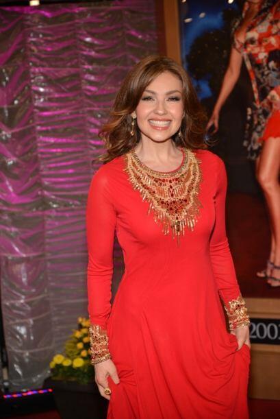 La mirada de Thalía irradia felicidad. La cantante está muy contenta con...