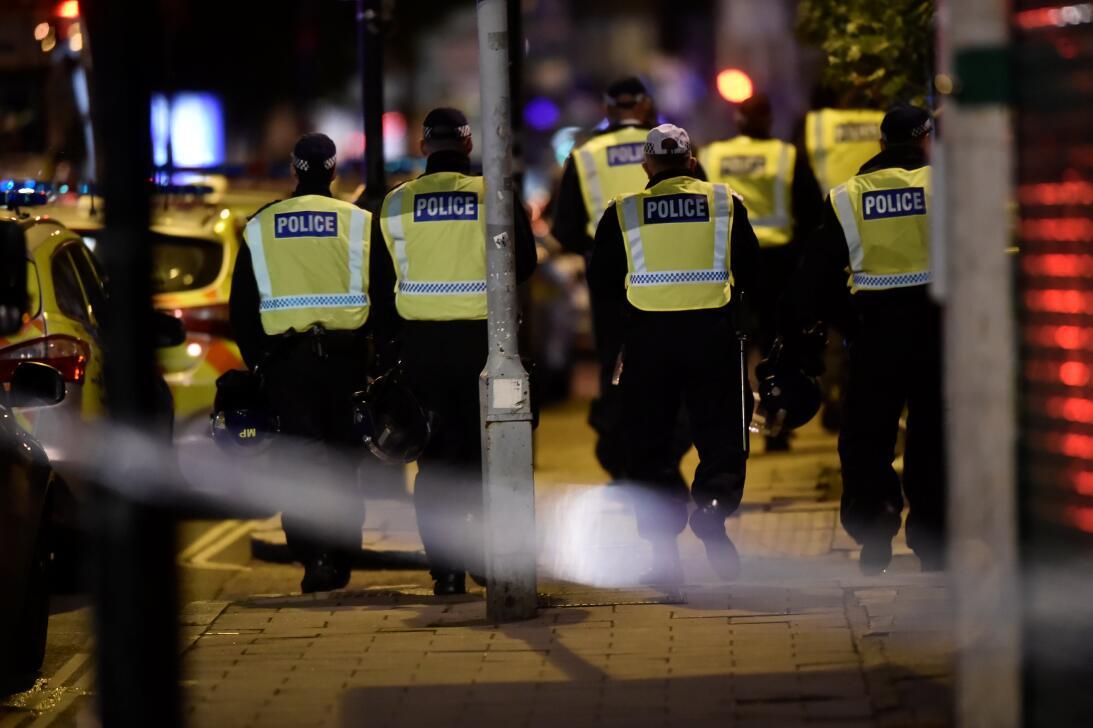 La policía londinense y medios británicos reportan que un vehículo atrop...