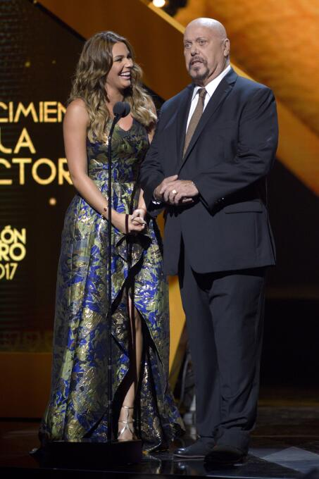 Ellos son los ganadores del Balón de Oro Irina Baeva y Enrique Bemrudez.jpg