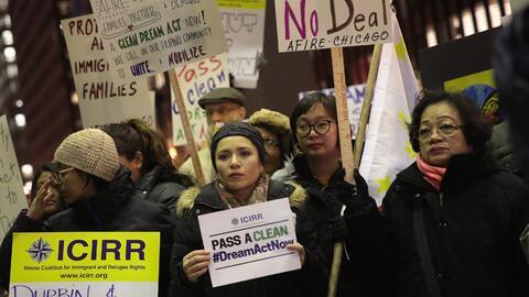 Esta semana, cientos de dreamers protestaron en distintas calles pidiend...