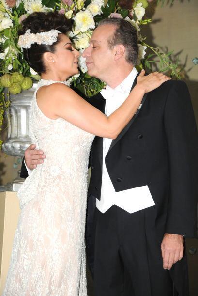 El también político fue esposo de Leticia Calderón, de quien se separó l...