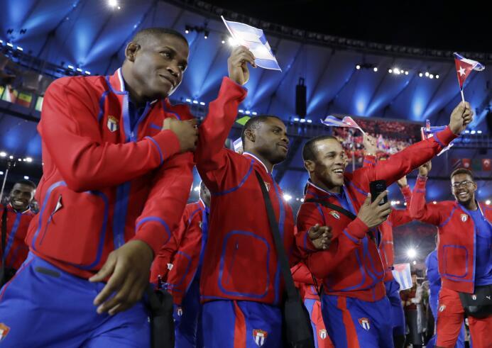 Desfilaron los países latinoamericanos en la inauguración de Río 2016.