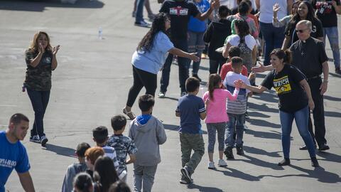 Se reanudan las actividades en la escuela North Park de San Bernardino l...