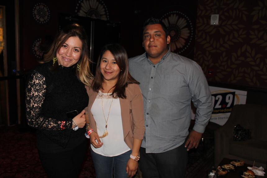 Una noche con Julieta Venegas y 102.9 Más Variedad IMG_7762.JPG