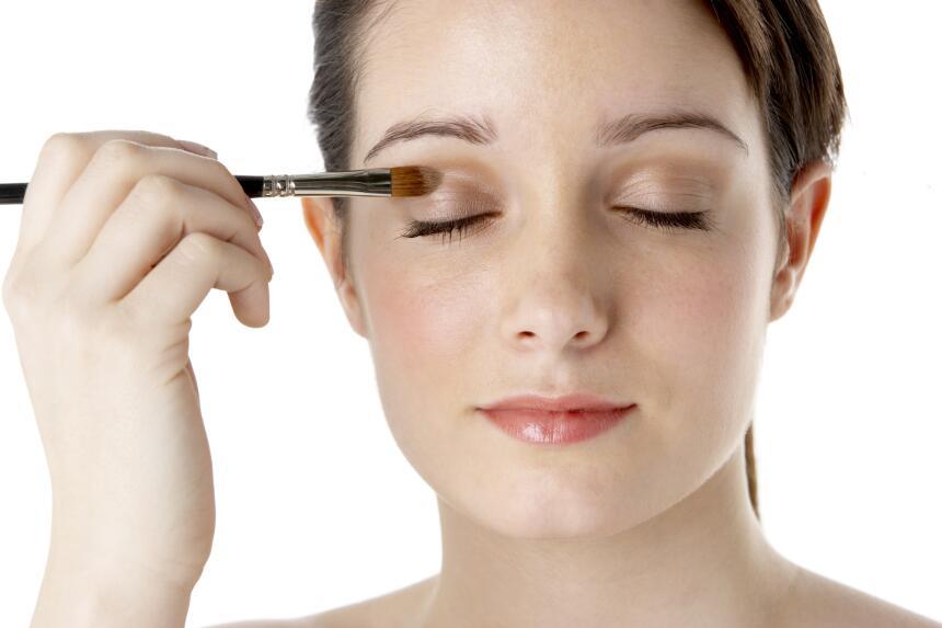 ¿Cansada? El maquillaje te ayuda a disimularlo