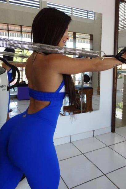 Bianca Anchieta es una joven modelo de Brasil. En su Facebook Fan Page s...