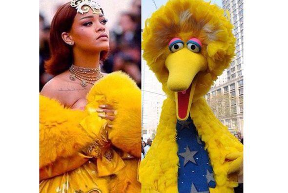 El look de Rihanna ha inspirado los mejores memes.