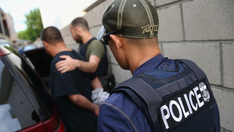 Organizaciones de Nueva York piden a ICE parar las detenciones de inmigr...