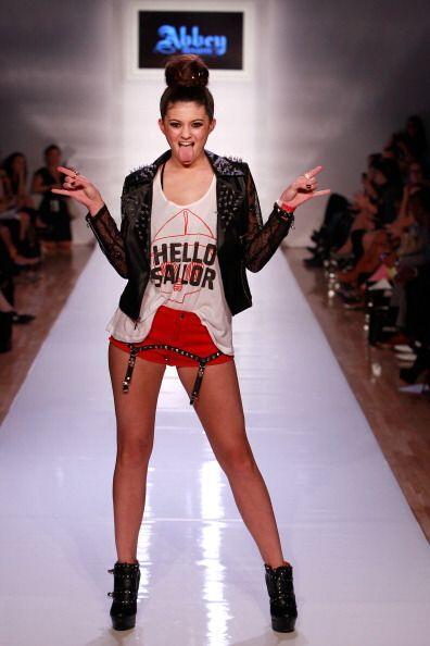 Desde desgarradas hasta mega femeninas, las camisetas definitivamente no...