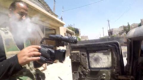 Una GoPro desvía la bala de un francotirador y salva la vida de un perio...