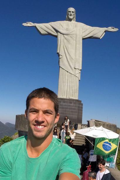 El fotógrafo Thiago Correa subió al Cristo Redentor de R&i...