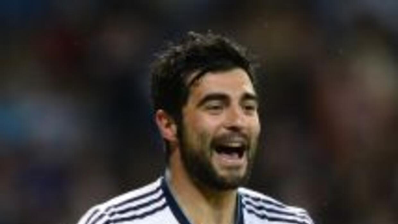 Albiol sería jugador del Nápoles según la prensa de Italia.