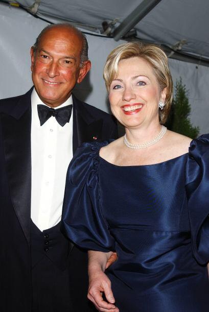 Hillary Clinton usó vestidos de Oscar de la Renta cuando fue la p...