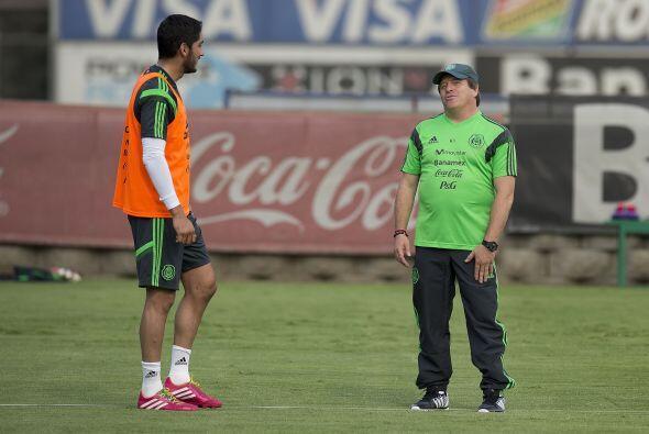Miguel Herrera dirigió su primer entrenamiento en forma con la selección...