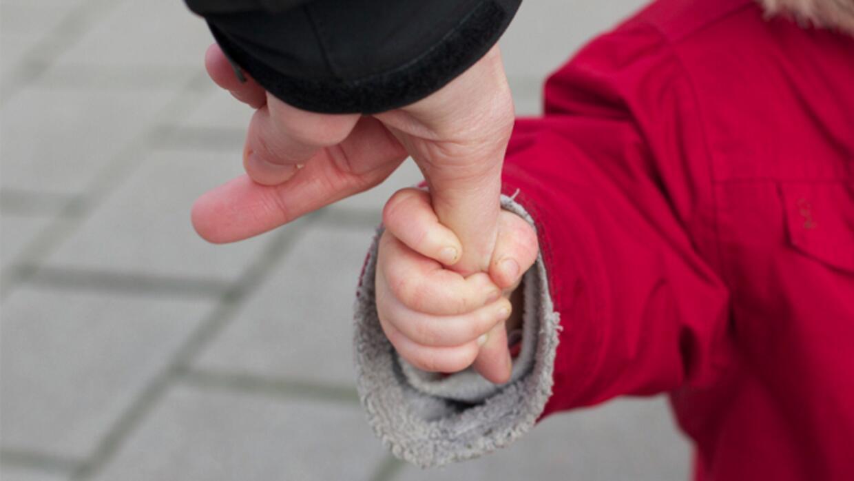images_article-images_ensenale-a-tus-hijos-a-tomar-decisiones-y-ayudalos...