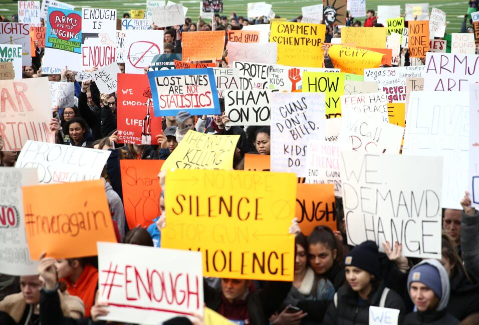Seattle, Washington. Cientos de estudiantes de la secundaria Rooselvelt...