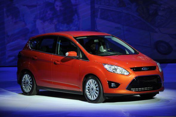 Ford C-Max: Aunque este modelo se venderá como 2013, lo veremos en los d...