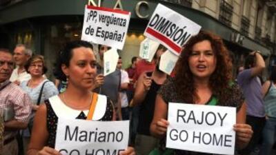 Tras el escándalo, han salido a las calles quienes se manifiestan en con...