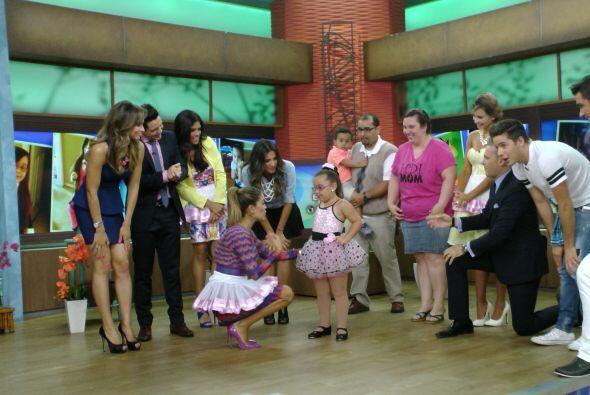 Karla fue la encargada de entrevistarla al terminar su gran show.