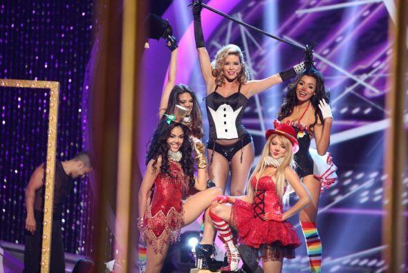 Las chicas disfrutaron mucho el hecho de poder compartir el escenario co...