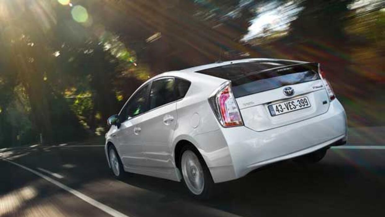 El Prius es el principal impulso en las ventas de autos híbridos de Toyota.