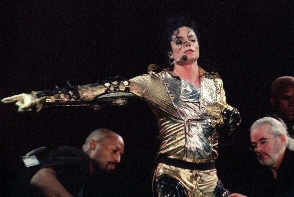 'Forbes' reportó que de 2012 a 2013, las ganancias de Michael incrementa...