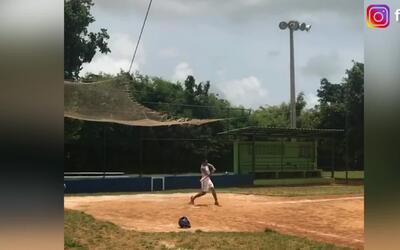 Radamel Falcao se luce en el béisbol y confiesa que le gustaría jugar en...
