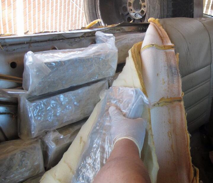 Más de medio millón de dólares decomisados en metanfetaminas