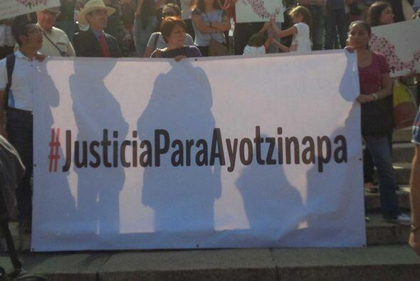 El acto de protesta se difundió en redes sociales con los hashtags #Just...