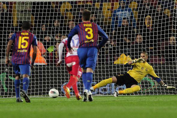 Minutos más tarde, Dani Alves cometió penal y Guilherme Si...